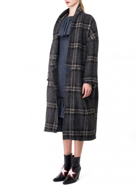 Oversized Coat in Wool Blend