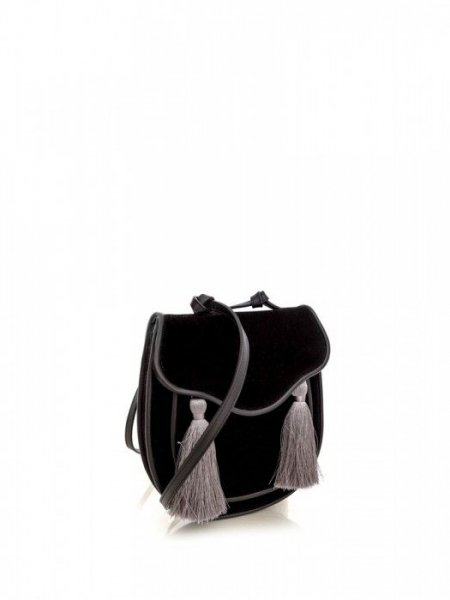 Queen Black Velvet Bag