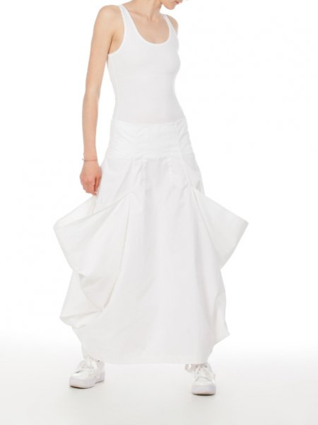 White Skirt with Oversized Lateral Pockets